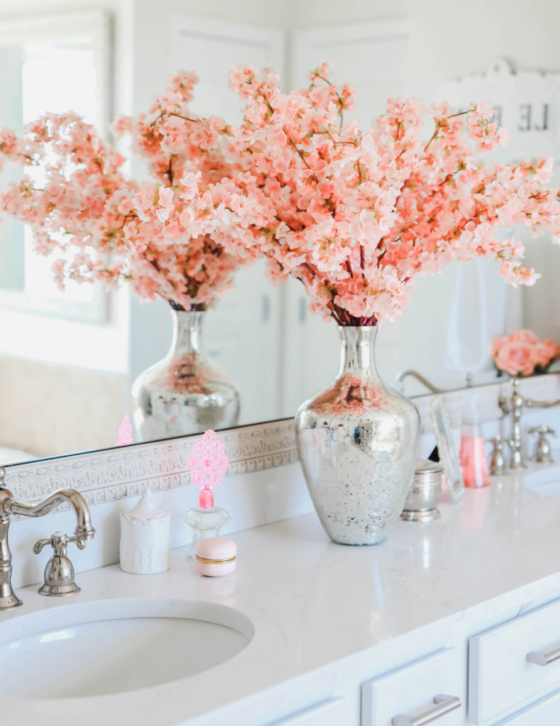 How To Decorate A Luxurious Bathroom No, Gray And Peach Bathroom Decor