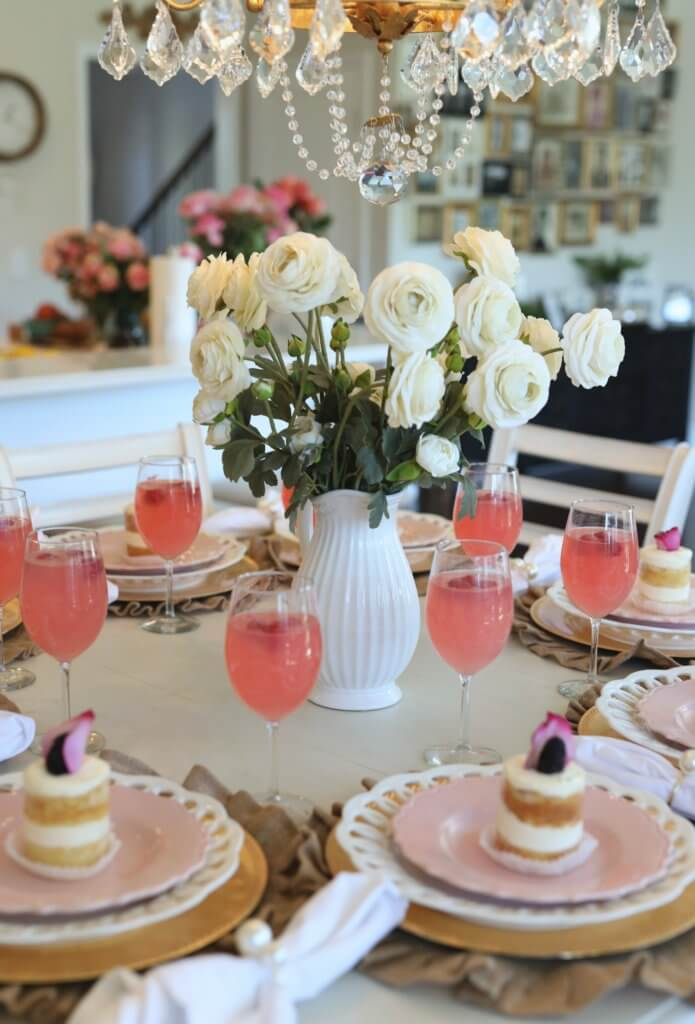 Image of: How To Decorate A Dining Room In 7 Steps Buffie S Home Decorating